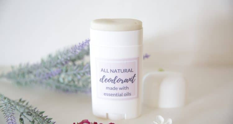 DIY ALL NATURAL DEODORANT USING ESSENTIAL OILS  | FREE Printable Label