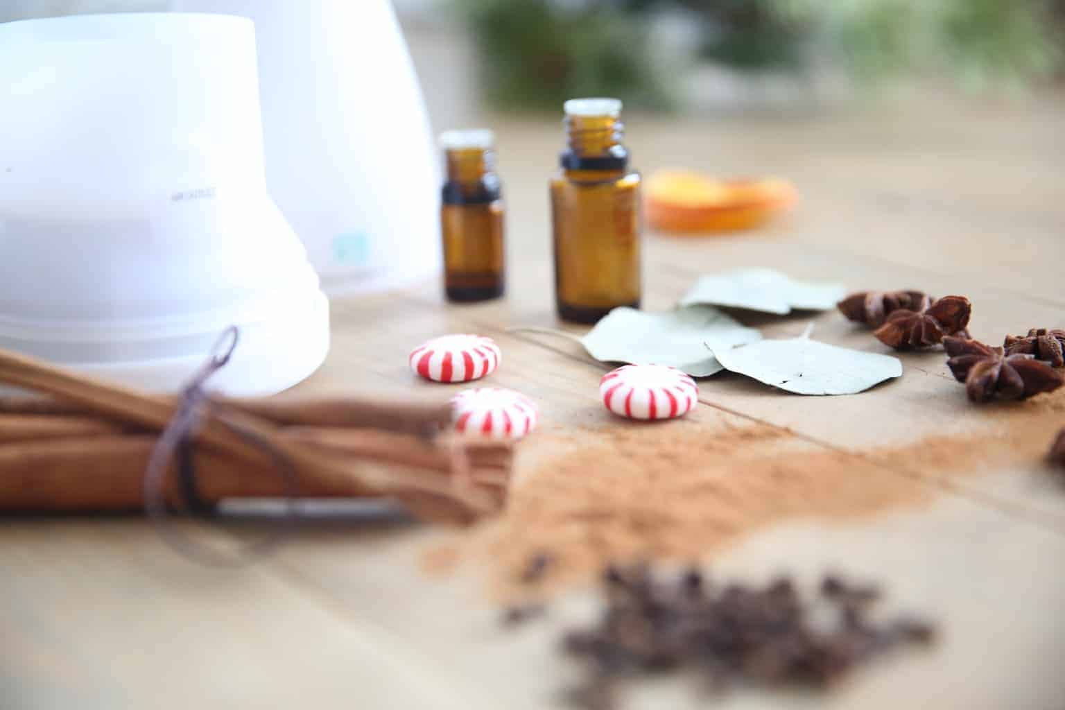 Cinnamon essential oil, peppermint essential oil, clove essential oil, eucalyptus essential oil, and wild orange essential oil are some of the best scents for christmas or winter diffuser blends.