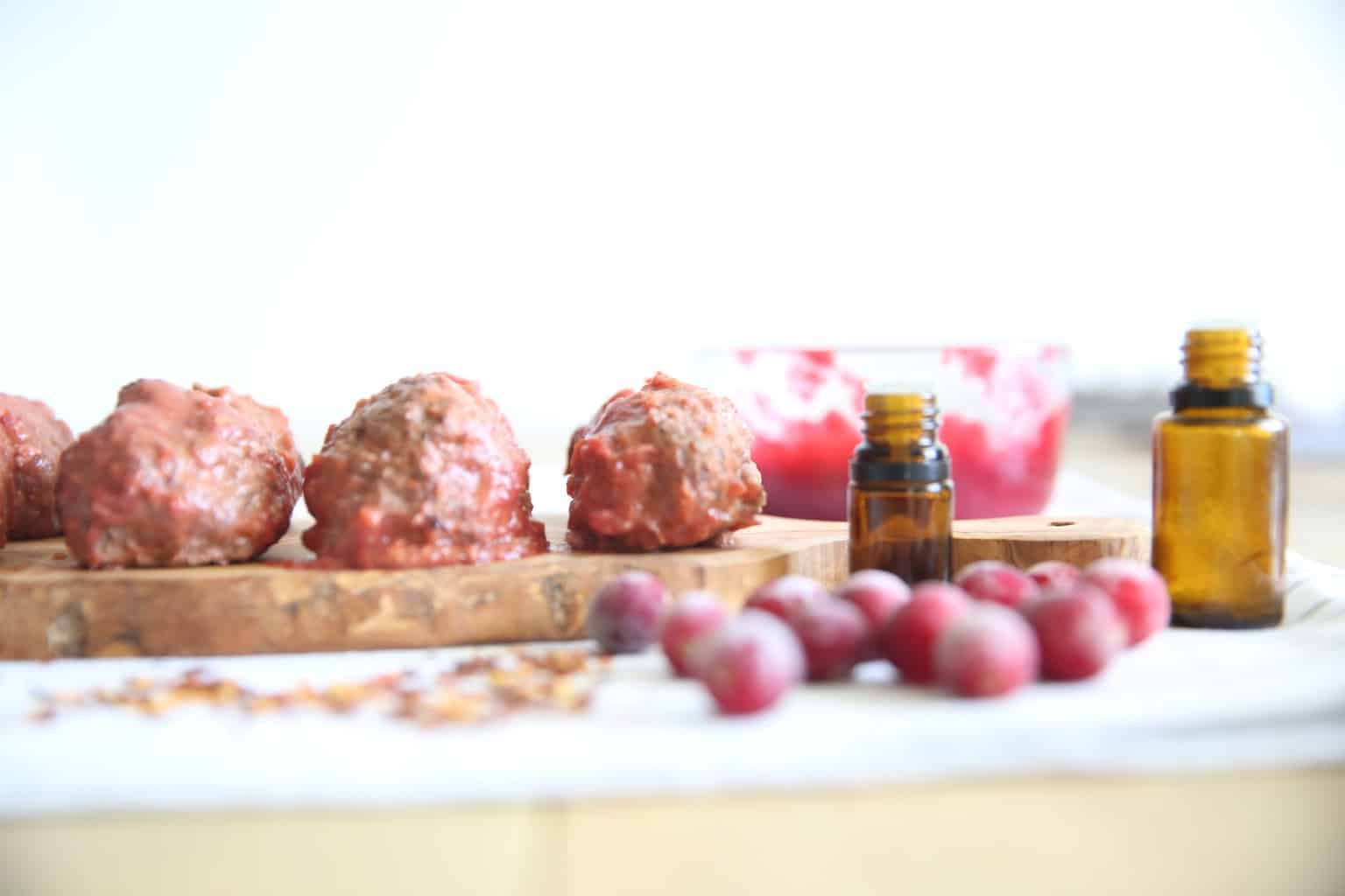 Learn how to make paleo homemade meatballs with a few simple gluten free ingredients.