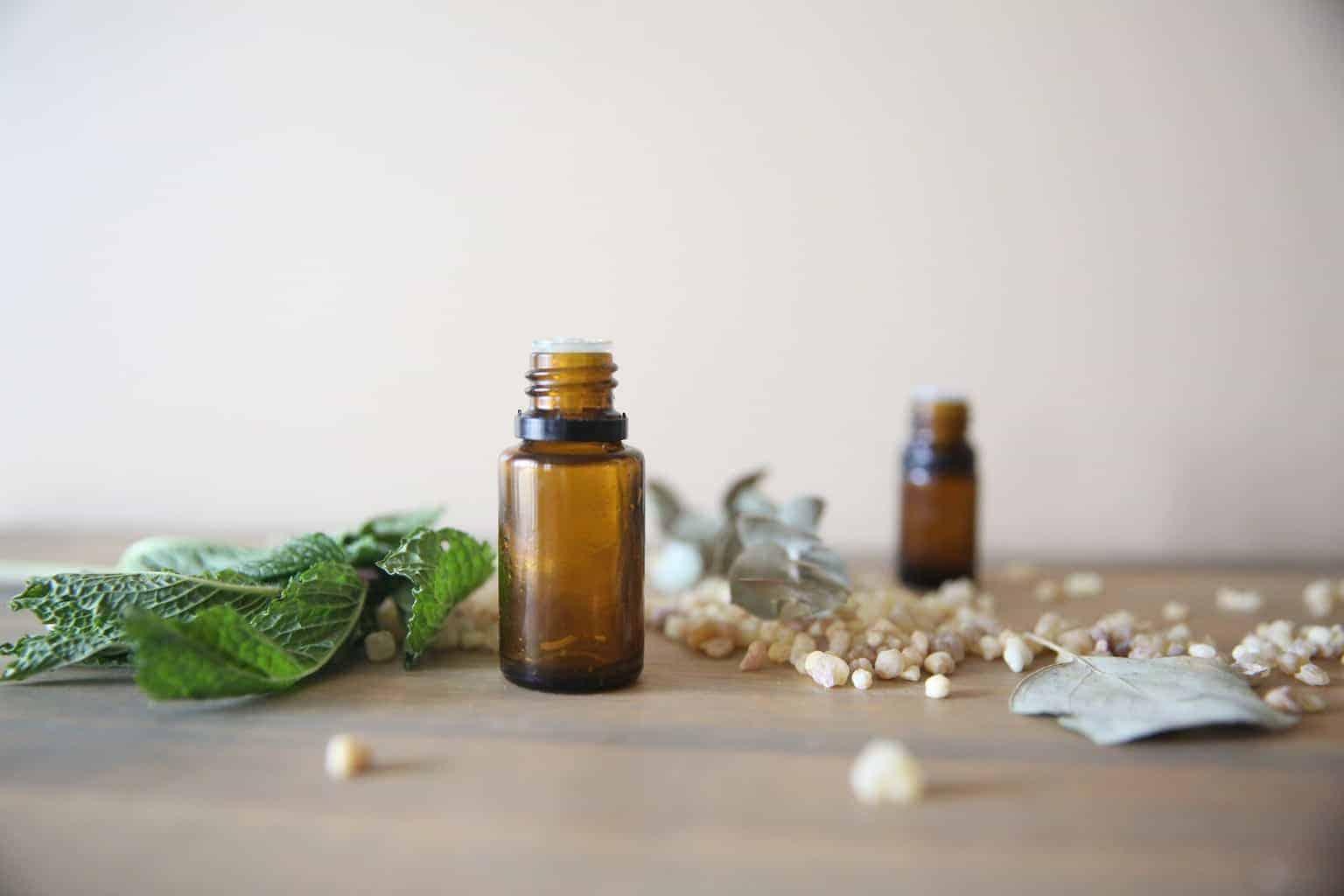 Myrrh essential oil diffuser blends and roller bottle recipes.