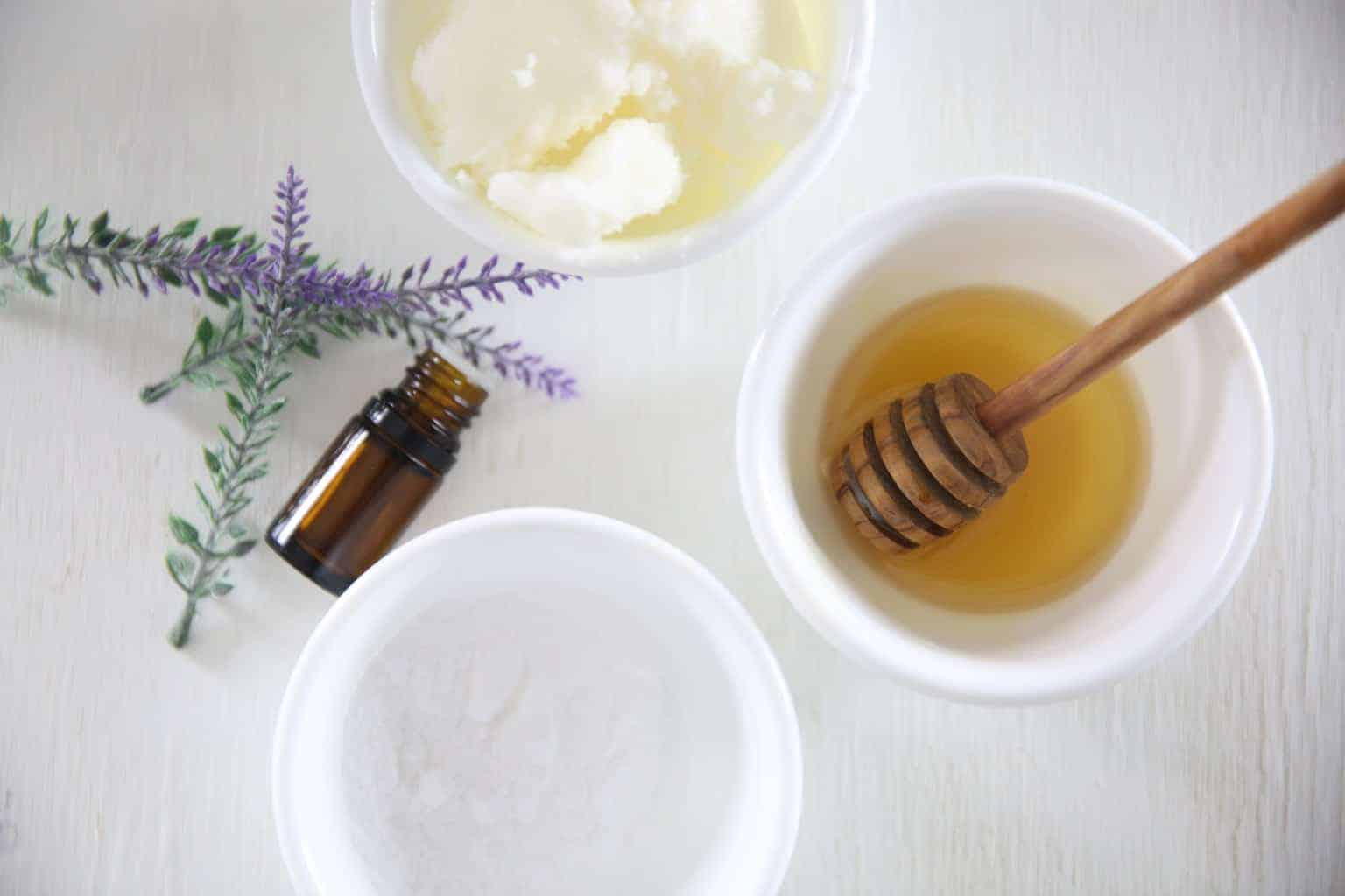Learn how to make an all natural face wash for sensitive skin using coconut oil, honey, and lavender essential oil.