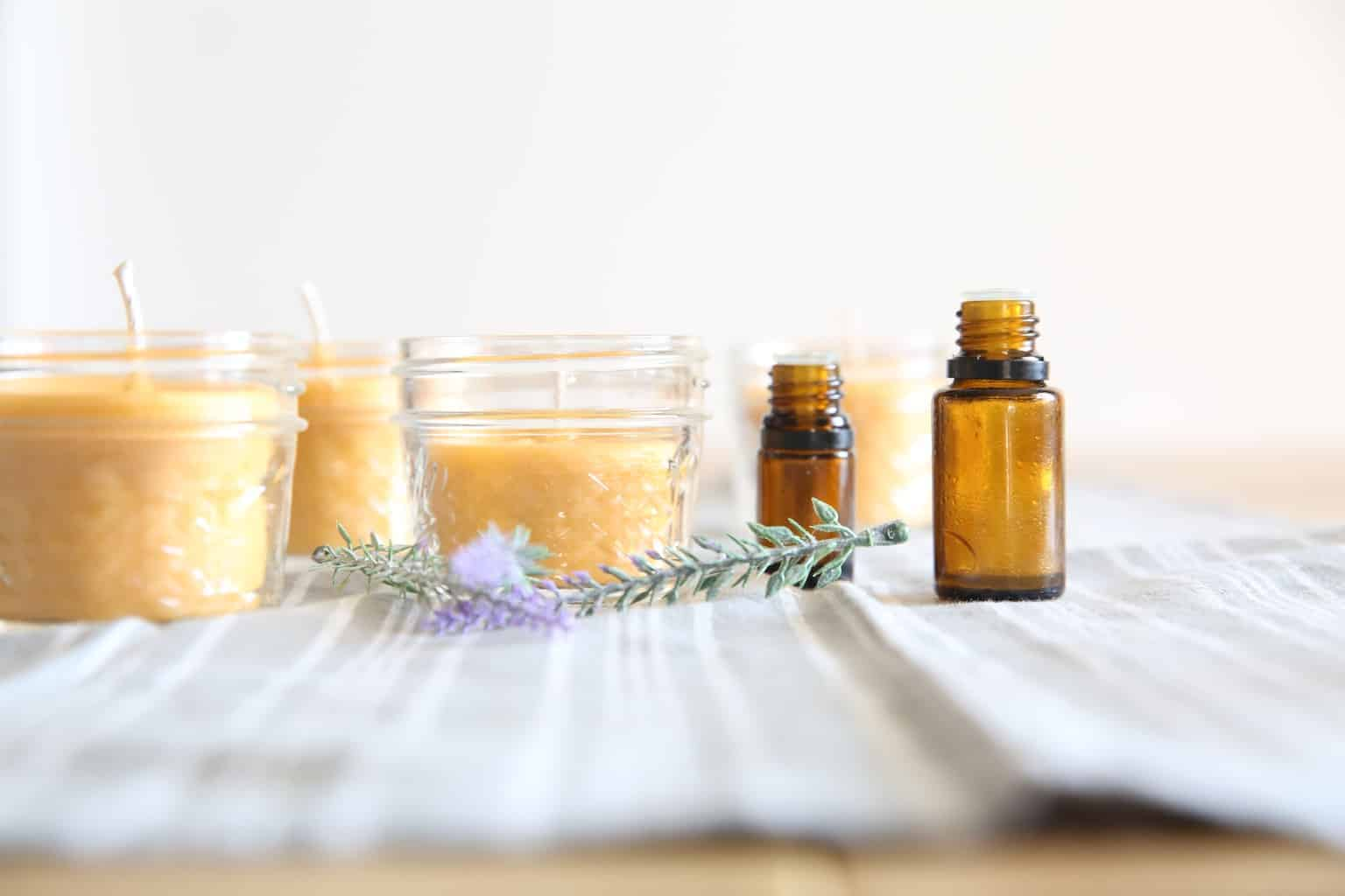 Homemade essential oil scented beeswax candle recipe and simple video tutorial.