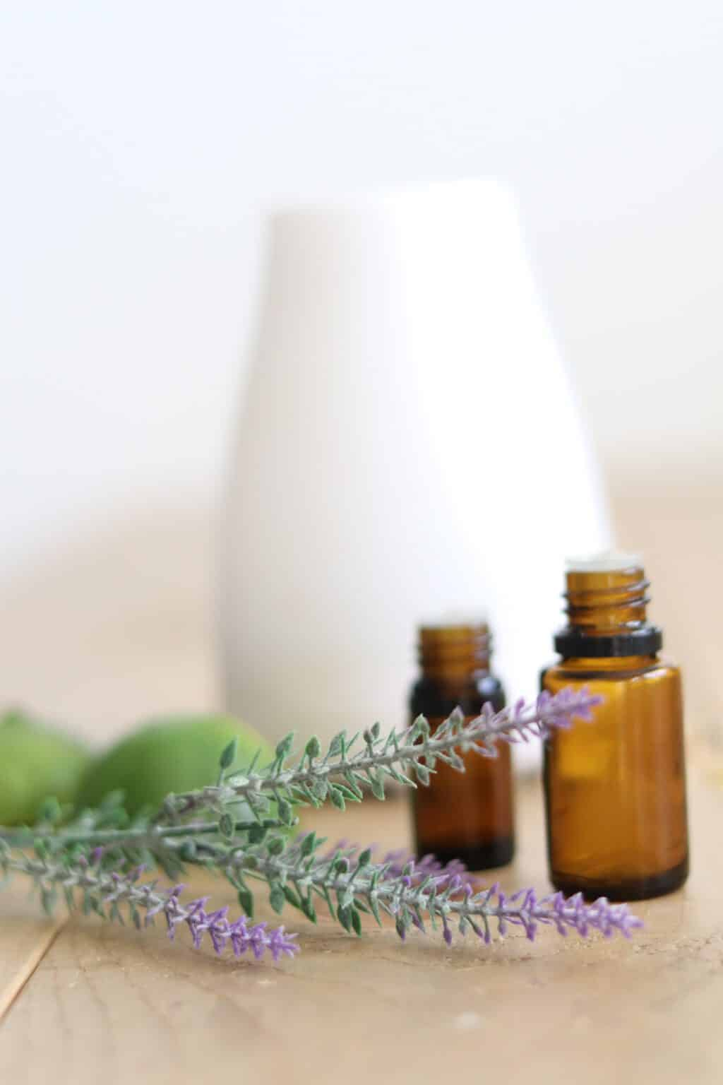 Essential oils for stress, anxiety, anger, fear, worry, and loneliness. Using aromatherapy for natural mood support.