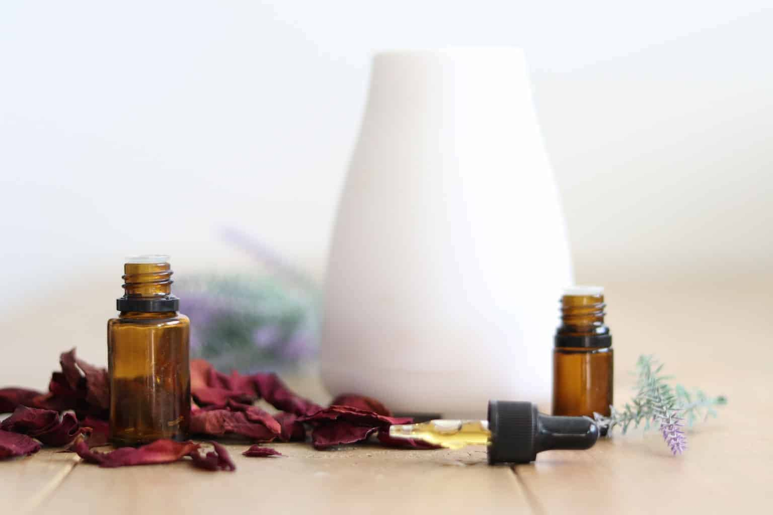 Aromatherapy can be the best solution for conquering feelings of depression and fear. Diffuser blends to promote positive and happy feelings.