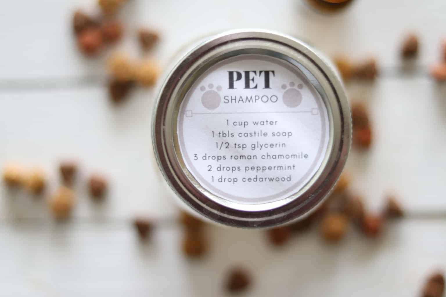 DIY pet shampoo recipe. All natural and toxic free, made with essential oils.