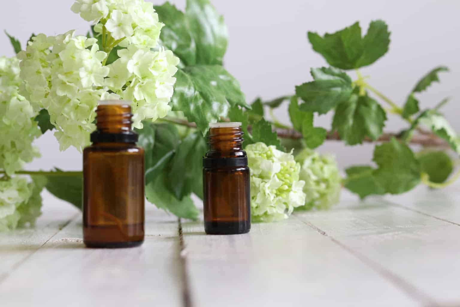 DIY 5 Essential Oil Room Sprays for