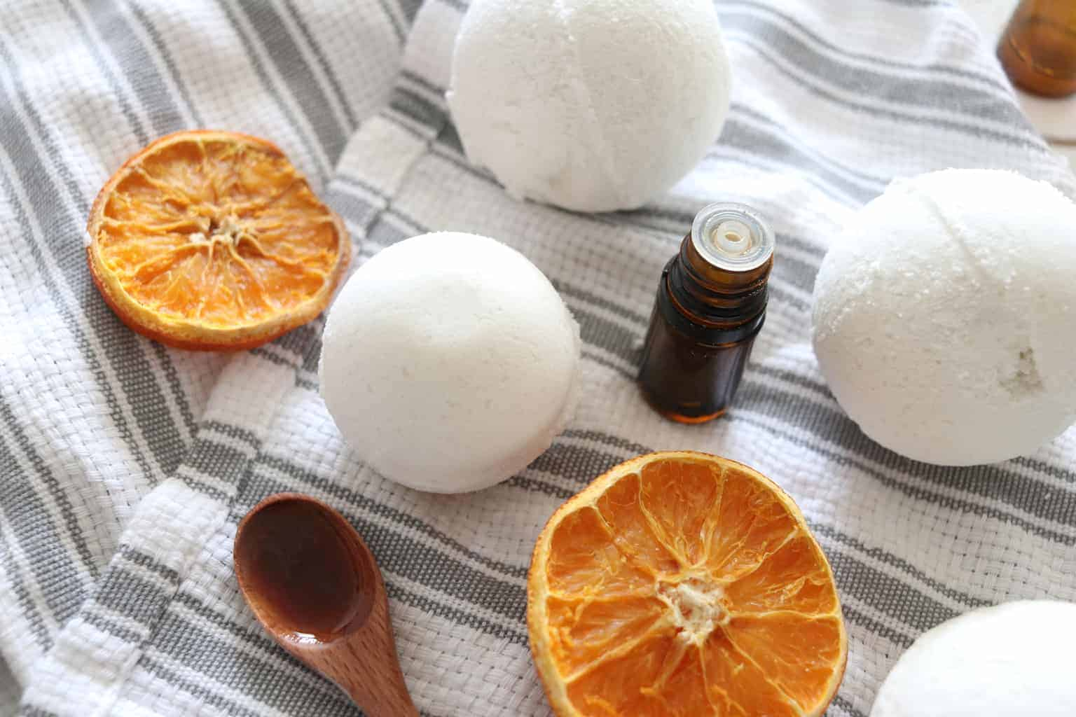 The best essential oil blends for bath bombs.