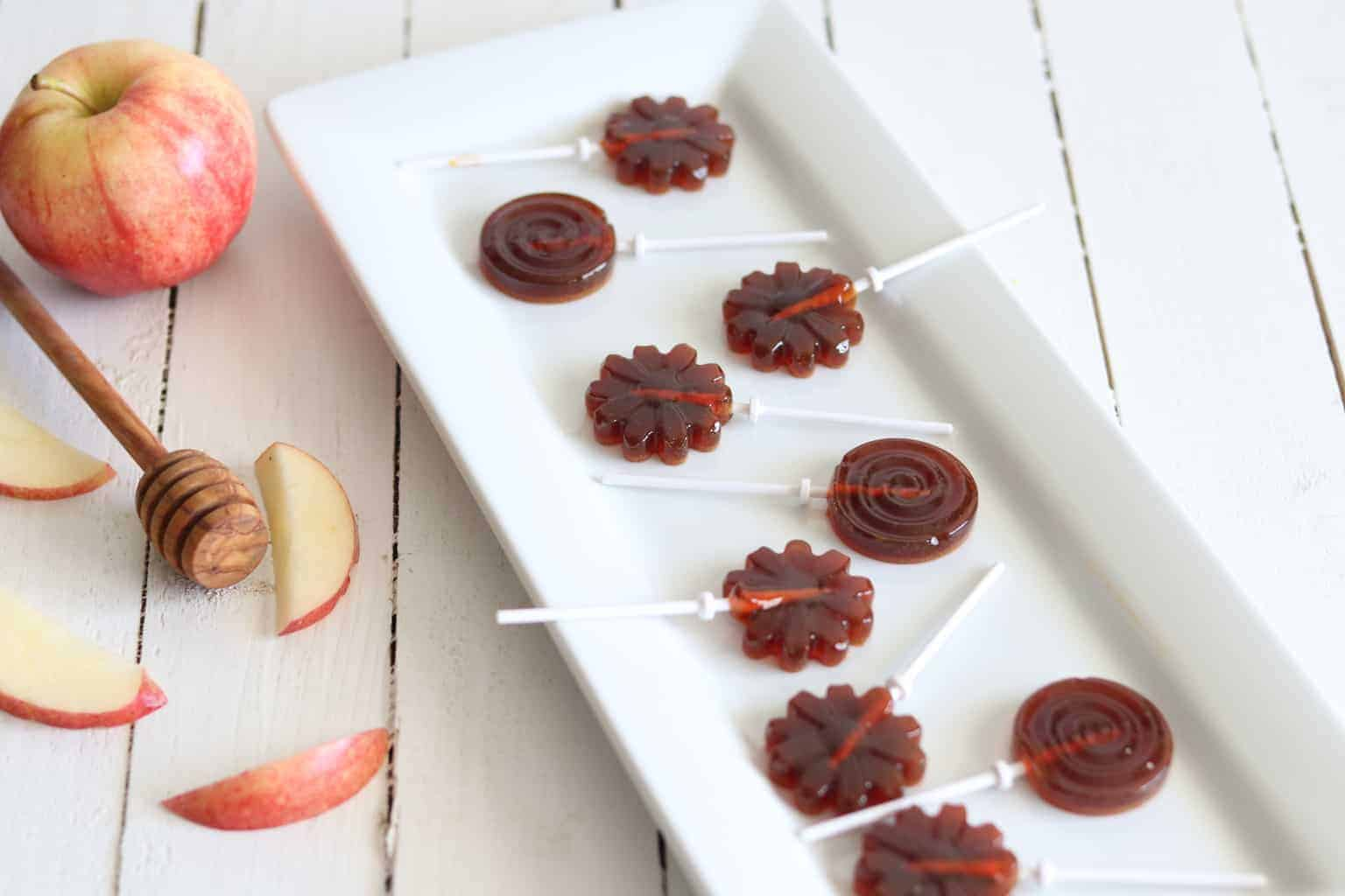 These honey apple flavored suckers are made with all natural ingredients, making them a perfect healthy treat for Easter time.